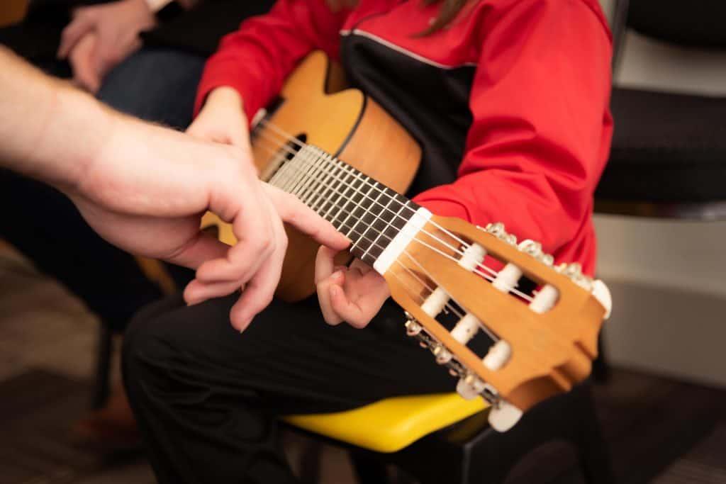 מורה פרטי למוסיקה בחריש